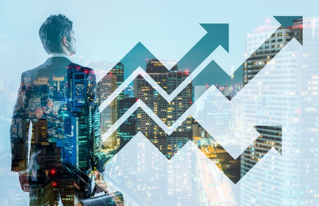 Arizona real estate Investor looking at Phoenix Real Estate Market trends
